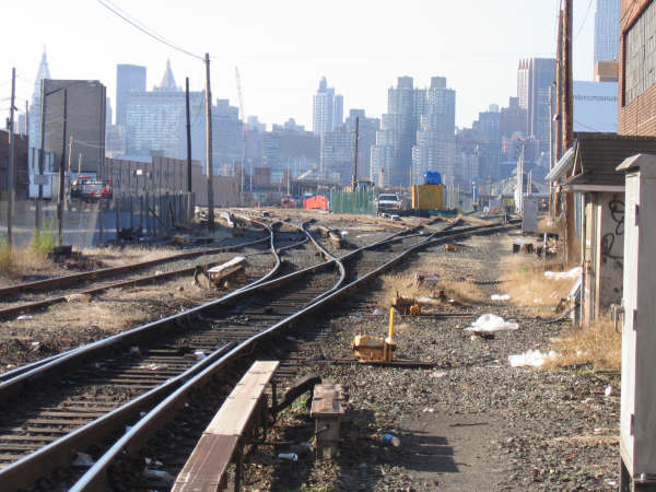 (53k, 600x450)<br><b>Country:</b> United States<br><b>City:</b> New York<br><b>System:</b> Long Island Rail Road<br><b>Line:</b> LIRR Long Island City<br><b>Location:</b> Long Island City <br><b>Photo by:</b> Professor J<br><b>Date:</b> 10/2006<br><b>Viewed (this week/total):</b> 1 / 1442