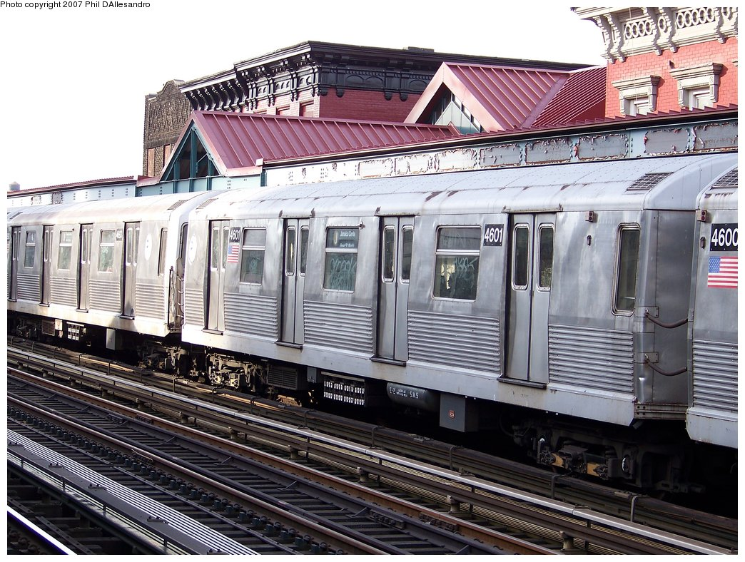 (246k, 1044x788)<br><b>Country:</b> United States<br><b>City:</b> New York<br><b>System:</b> New York City Transit<br><b>Line:</b> BMT Nassau Street/Jamaica Line<br><b>Location:</b> Marcy Avenue <br><b>Route:</b> J<br><b>Car:</b> R-42 (St. Louis, 1969-1970)  4601 <br><b>Photo by:</b> Philip D'Allesandro<br><b>Date:</b> 10/1/2007<br><b>Viewed (this week/total):</b> 1 / 1302