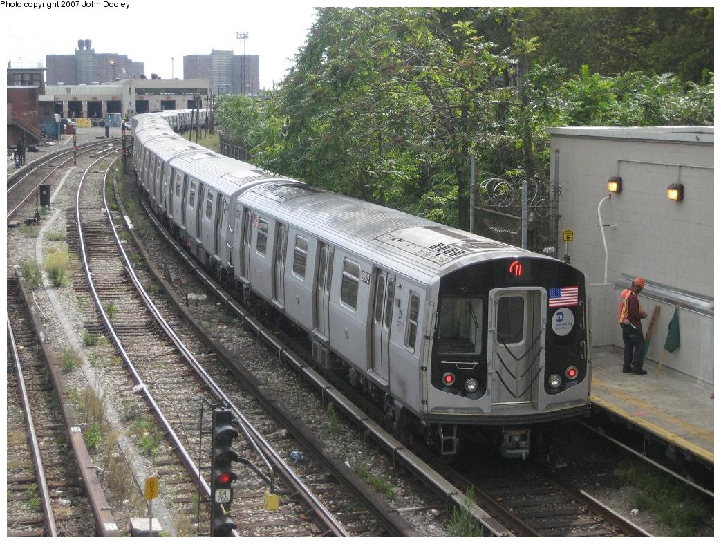 (239k, 1043x787)<br><b>Country:</b> United States<br><b>City:</b> New York<br><b>System:</b> New York City Transit<br><b>Line:</b> BMT Sea Beach Line<br><b>Location:</b> 86th Street <br><b>Route:</b> N<br><b>Car:</b> R-160B (Kawasaki, 2005-2008)  8802 <br><b>Photo by:</b> John Dooley<br><b>Date:</b> 10/1/2007<br><b>Viewed (this week/total):</b> 1 / 1392