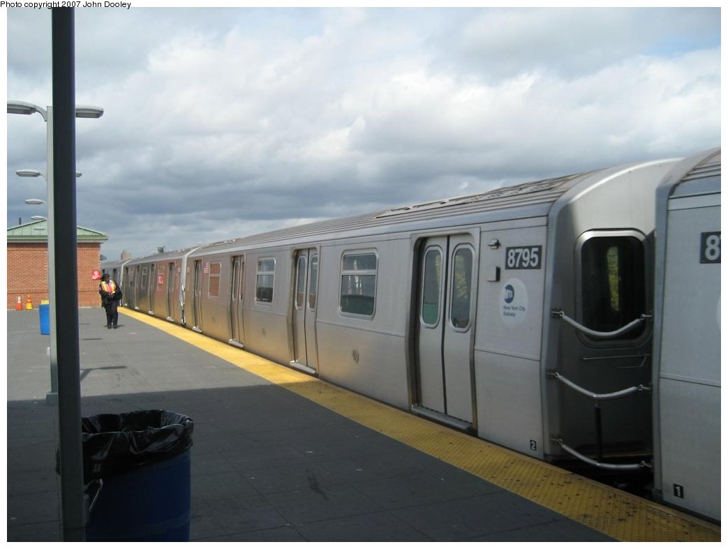 (102k, 1043x787)<br><b>Country:</b> United States<br><b>City:</b> New York<br><b>System:</b> New York City Transit<br><b>Location:</b> Coney Island/Stillwell Avenue<br><b>Route:</b> N<br><b>Car:</b> R-160B (Kawasaki, 2005-2008)  8795 <br><b>Photo by:</b> John Dooley<br><b>Date:</b> 10/1/2007<br><b>Viewed (this week/total):</b> 1 / 1511