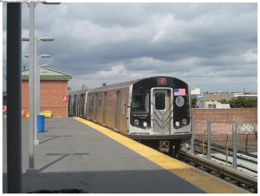 (140k, 1043x787)<br><b>Country:</b> United States<br><b>City:</b> New York<br><b>System:</b> New York City Transit<br><b>Location:</b> Coney Island/Stillwell Avenue<br><b>Route:</b> N<br><b>Car:</b> R-160B (Kawasaki, 2005-2008)  8818 <br><b>Photo by:</b> John Dooley<br><b>Date:</b> 10/1/2007<br><b>Viewed (this week/total):</b> 1 / 1867