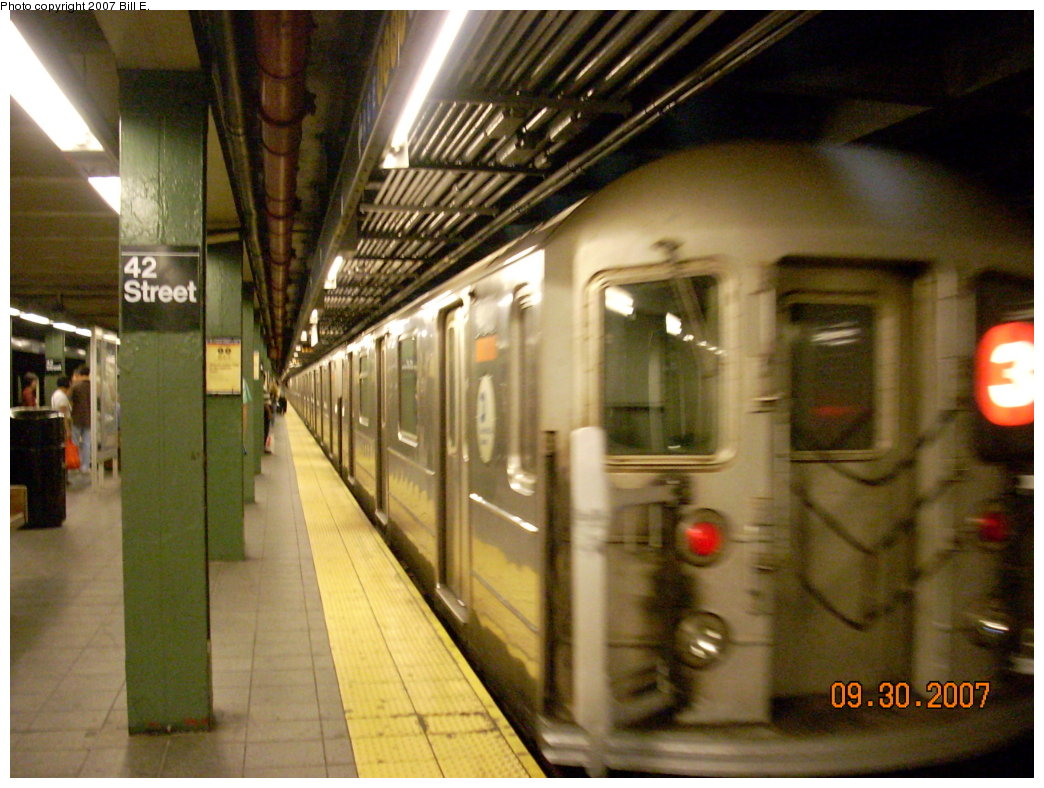 (204k, 1044x788)<br><b>Country:</b> United States<br><b>City:</b> New York<br><b>System:</b> New York City Transit<br><b>Line:</b> IRT West Side Line<br><b>Location:</b> Times Square/42nd Street <br><b>Route:</b> 2<br><b>Car:</b> R-62 (Kawasaki, 1983-1985)   <br><b>Photo by:</b> Bill E.<br><b>Date:</b> 9/30/2007<br><b>Viewed (this week/total):</b> 0 / 2320