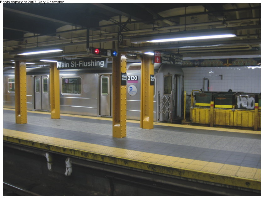 (94k, 840x635)<br><b>Country:</b> United States<br><b>City:</b> New York<br><b>System:</b> New York City Transit<br><b>Line:</b> IRT Flushing Line<br><b>Location:</b> Main Street/Flushing <br><b>Route:</b> Work Service<br><b>Car:</b> R-62A (Bombardier, 1984-1987)  2130 <br><b>Photo by:</b> Gary Chatterton<br><b>Date:</b> 9/23/2007<br><b>Viewed (this week/total):</b> 4 / 3687