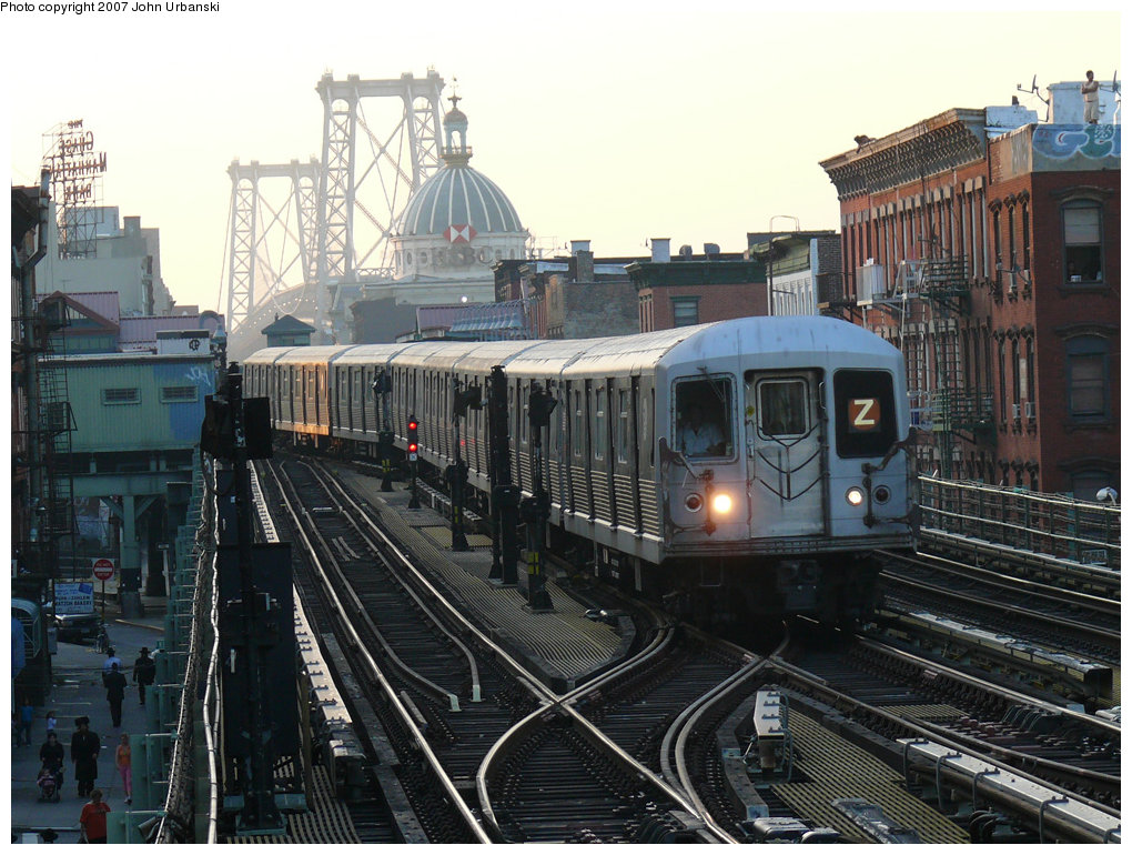 (254k, 1020x770)<br><b>Country:</b> United States<br><b>City:</b> New York<br><b>System:</b> New York City Transit<br><b>Line:</b> BMT Nassau Street/Jamaica Line<br><b>Location:</b> Hewes Street <br><b>Route:</b> Z<br><b>Car:</b> R-42 (St. Louis, 1969-1970)   <br><b>Photo by:</b> John Urbanski<br><b>Date:</b> 10/4/2007<br><b>Viewed (this week/total):</b> 0 / 1748