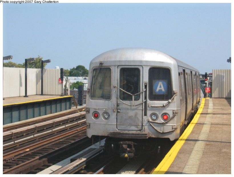 (84k, 820x620)<br><b>Country:</b> United States<br><b>City:</b> New York<br><b>System:</b> New York City Transit<br><b>Line:</b> IND Fulton Street Line<br><b>Location:</b> 104th Street/Oxford Ave. <br><b>Route:</b> A<br><b>Car:</b> R-44 (St. Louis, 1971-73) 5234 <br><b>Photo by:</b> Gary Chatterton<br><b>Date:</b> 9/8/2007<br><b>Viewed (this week/total):</b> 2 / 1530