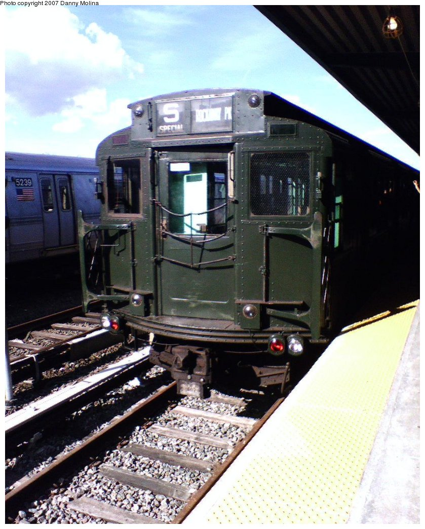 (192k, 839x1044)<br><b>Country:</b> United States<br><b>City:</b> New York<br><b>System:</b> New York City Transit<br><b>Line:</b> IND Rockaway<br><b>Location:</b> Rockaway Park/Beach 116th Street <br><b>Route:</b> Fan Trip<br><b>Car:</b> R-4 (American Car & Foundry, 1932-1933) 484 <br><b>Photo by:</b> Danny Molina<br><b>Date:</b> 7/22/2007<br><b>Viewed (this week/total):</b> 2 / 935
