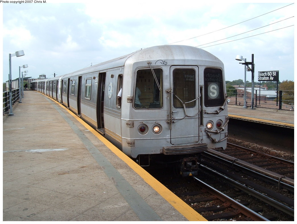 (174k, 1044x788)<br><b>Country:</b> United States<br><b>City:</b> New York<br><b>System:</b> New York City Transit<br><b>Line:</b> IND Rockaway<br><b>Location:</b> Beach 60th Street/Straiton <br><b>Route:</b> S<br><b>Car:</b> R-44 (St. Louis, 1971-73) 5276 <br><b>Photo by:</b> Chris M.<br><b>Date:</b> 10/7/2007<br><b>Viewed (this week/total):</b> 2 / 934