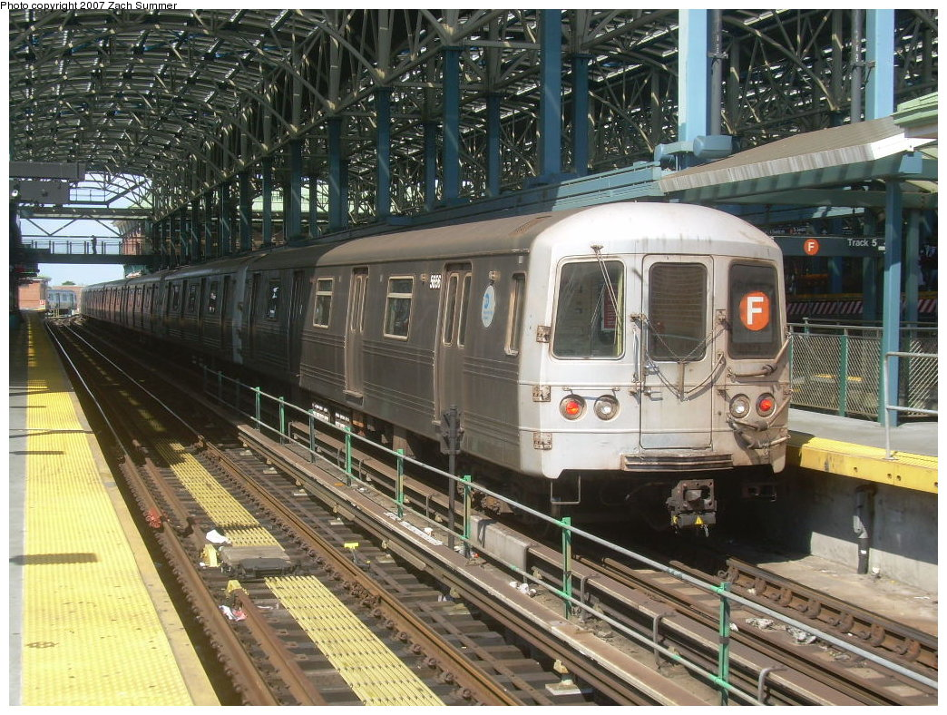 (280k, 1044x788)<br><b>Country:</b> United States<br><b>City:</b> New York<br><b>System:</b> New York City Transit<br><b>Location:</b> Coney Island/Stillwell Avenue<br><b>Route:</b> F<br><b>Car:</b> R-46 (Pullman-Standard, 1974-75) 5656 <br><b>Photo by:</b> Zach Summer<br><b>Date:</b> 9/13/2007<br><b>Viewed (this week/total):</b> 2 / 1090