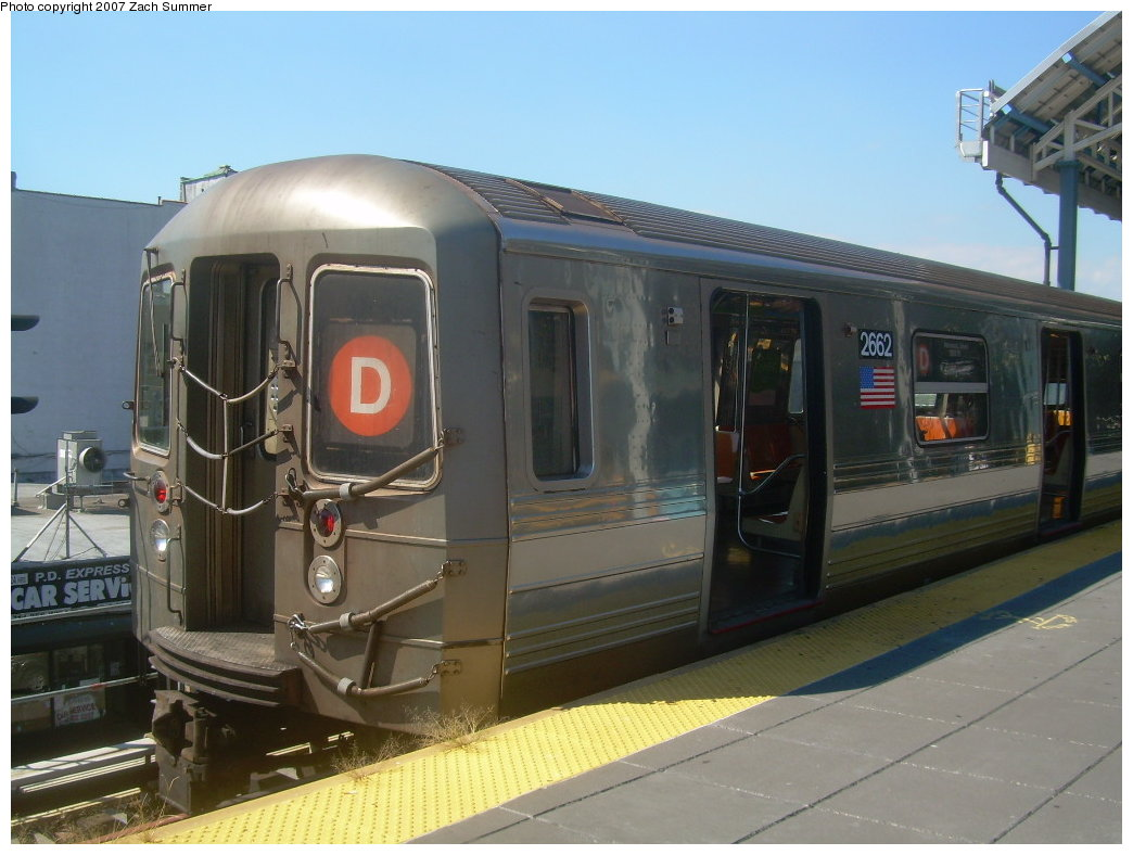 (181k, 1044x788)<br><b>Country:</b> United States<br><b>City:</b> New York<br><b>System:</b> New York City Transit<br><b>Location:</b> Coney Island/Stillwell Avenue<br><b>Route:</b> D<br><b>Car:</b> R-68 (Westinghouse-Amrail, 1986-1988)  2662 <br><b>Photo by:</b> Zach Summer<br><b>Date:</b> 9/13/2007<br><b>Viewed (this week/total):</b> 3 / 1970