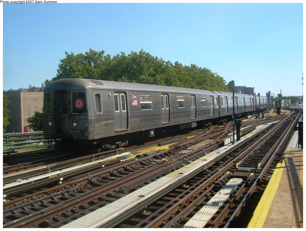 (246k, 1044x788)<br><b>Country:</b> United States<br><b>City:</b> New York<br><b>System:</b> New York City Transit<br><b>Line:</b> BMT West End Line<br><b>Location:</b> Bay 50th Street <br><b>Route:</b> D<br><b>Car:</b> R-68 (Westinghouse-Amrail, 1986-1988)  2764 <br><b>Photo by:</b> Zach Summer<br><b>Date:</b> 9/13/2007<br><b>Viewed (this week/total):</b> 1 / 1024