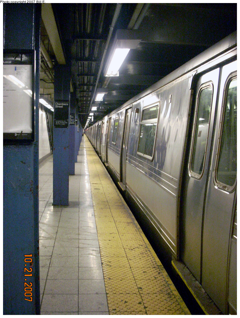 (334k, 788x1044)<br><b>Country:</b> United States<br><b>City:</b> New York<br><b>System:</b> New York City Transit<br><b>Line:</b> IND 8th Avenue Line<br><b>Location:</b> Chambers Street/World Trade Center <br><b>Route:</b> A<br><b>Car:</b> R-44 (St. Louis, 1971-73) 5404 <br><b>Photo by:</b> Bill E.<br><b>Date:</b> 10/21/2007<br><b>Viewed (this week/total):</b> 4 / 1583