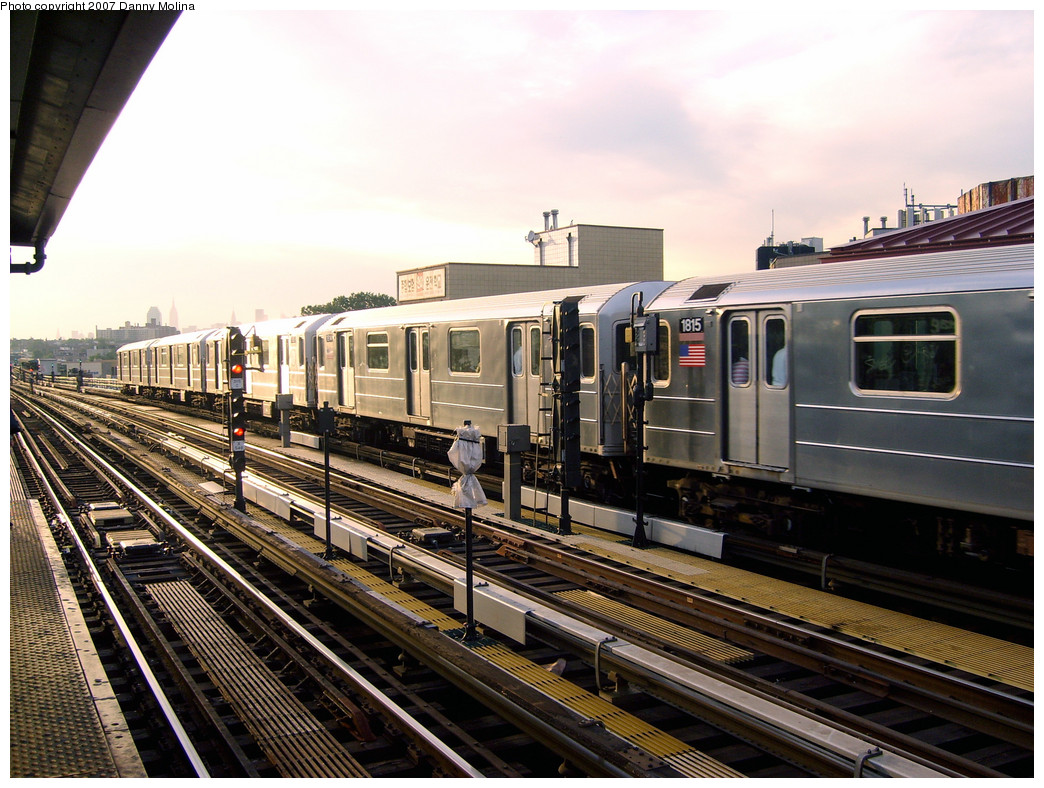 (306k, 1044x788)<br><b>Country:</b> United States<br><b>City:</b> New York<br><b>System:</b> New York City Transit<br><b>Line:</b> IRT Flushing Line<br><b>Location:</b> 74th Street/Broadway <br><b>Route:</b> 7<br><b>Car:</b> R-62A (Bombardier, 1984-1987)  1815 <br><b>Photo by:</b> Danny Molina<br><b>Date:</b> 10/16/2007<br><b>Viewed (this week/total):</b> 0 / 884