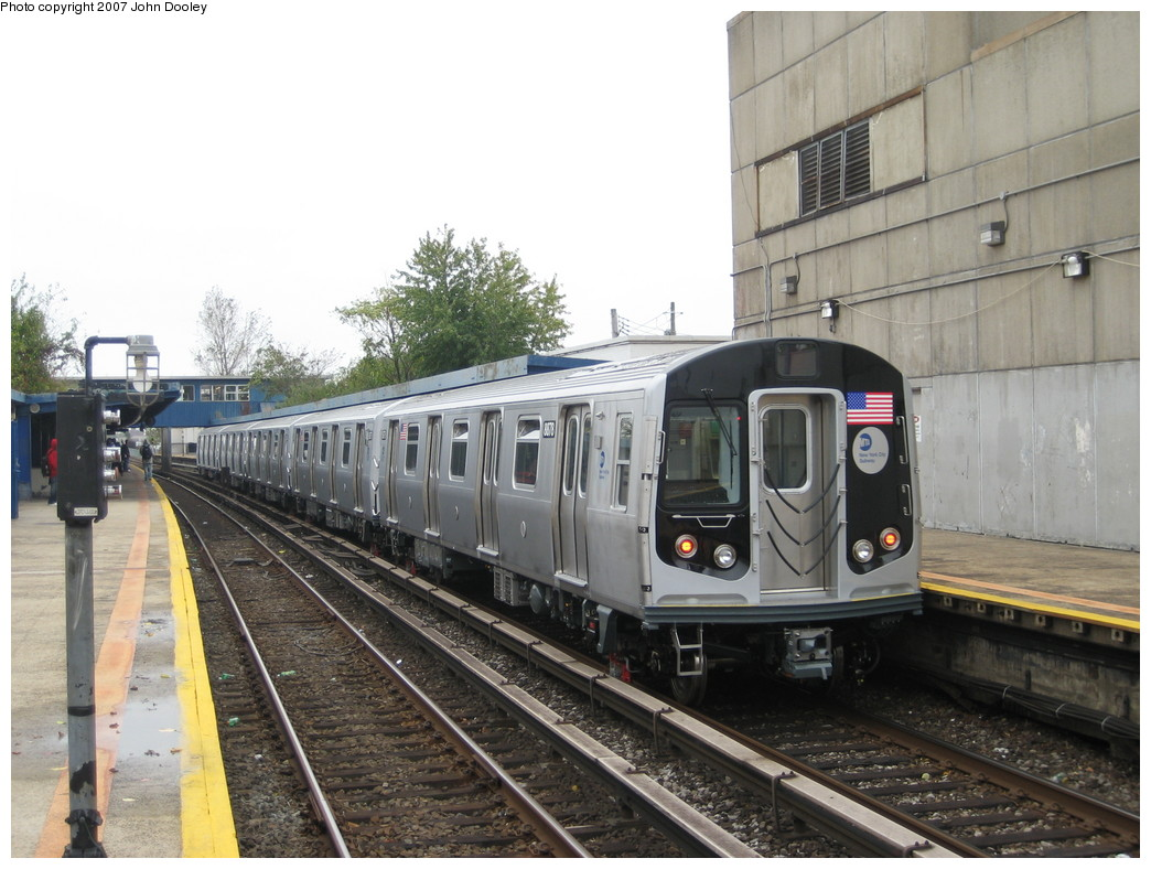 (219k, 1044x788)<br><b>Country:</b> United States<br><b>City:</b> New York<br><b>System:</b> New York City Transit<br><b>Line:</b> IND Rockaway<br><b>Location:</b> Broad Channel <br><b>Route:</b> Testing<br><b>Car:</b> R-160B (Kawasaki, 2005-2008)  8878 <br><b>Photo by:</b> John Dooley<br><b>Date:</b> 10/26/2007<br><b>Viewed (this week/total):</b> 1 / 2403