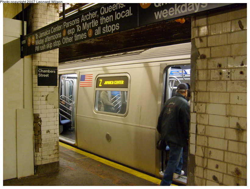 (188k, 820x620)<br><b>Country:</b> United States<br><b>City:</b> New York<br><b>System:</b> New York City Transit<br><b>Line:</b> BMT Nassau Street/Jamaica Line<br><b>Location:</b> Chambers Street <br><b>Route:</b> Z<br><b>Car:</b> R-160A-1 (Alstom, 2005-2008, 4 car sets)   <br><b>Photo by:</b> Leonard Wilson<br><b>Date:</b> 8/3/2007<br><b>Viewed (this week/total):</b> 2 / 4547
