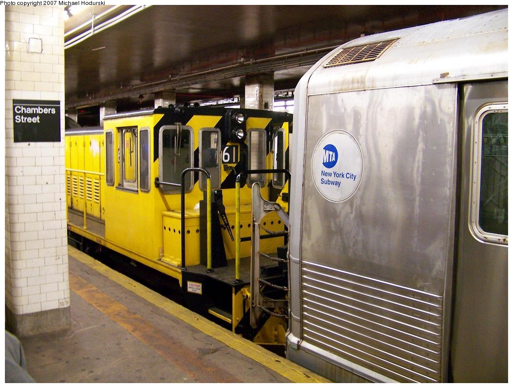 (232k, 1044x790)<br><b>Country:</b> United States<br><b>City:</b> New York<br><b>System:</b> New York City Transit<br><b>Line:</b> BMT Nassau Street/Jamaica Line<br><b>Location:</b> Chambers Street <br><b>Route:</b> Work Service<br><b>Car:</b> R-43 Locomotive  61 <br><b>Photo by:</b> Michael Hodurski<br><b>Date:</b> 11/6/2007<br><b>Notes:</b> Work train hauling out consist involved in 11/6/2007 bumper block bump at Chambers St.<br><b>Viewed (this week/total):</b> 1 / 2701