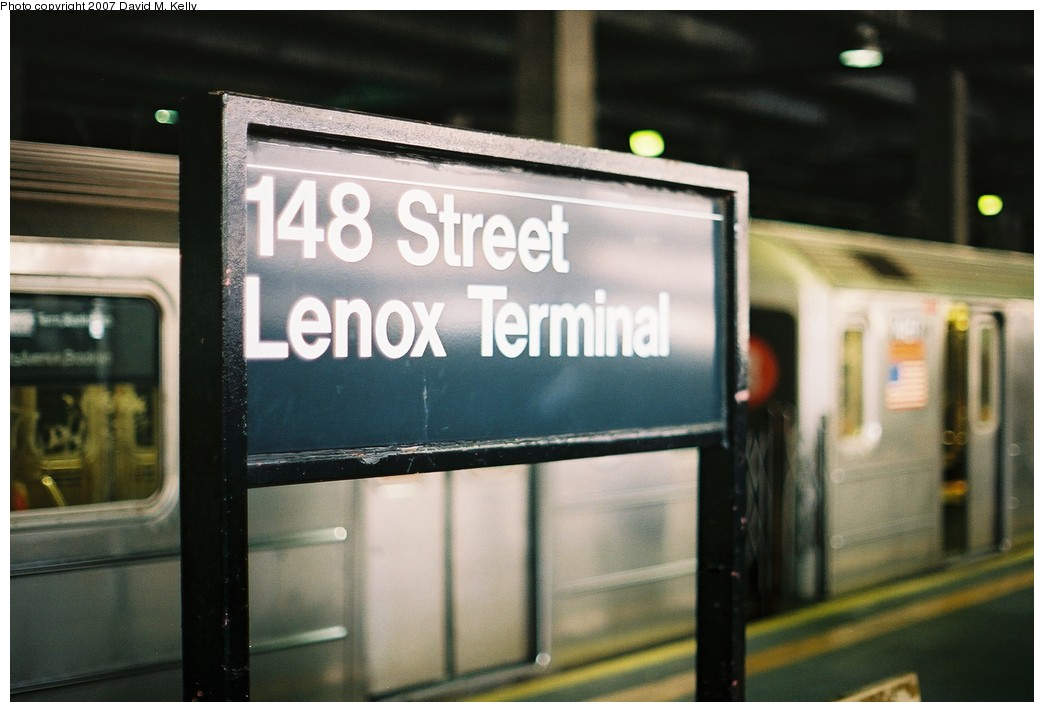 (140k, 1044x712)<br><b>Country:</b> United States<br><b>City:</b> New York<br><b>System:</b> New York City Transit<br><b>Line:</b> IRT Lenox Line<br><b>Location:</b> 148th Street/Lenox Terminal <br><b>Photo by:</b> David M. Kelly<br><b>Date:</b> 2007<br><b>Notes:</b> Signage view.<br><b>Viewed (this week/total):</b> 1 / 1426