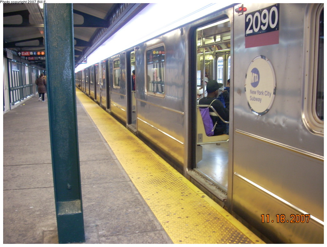 (230k, 1044x788)<br><b>Country:</b> United States<br><b>City:</b> New York<br><b>System:</b> New York City Transit<br><b>Line:</b> IRT Flushing Line<br><b>Location:</b> 74th Street/Broadway <br><b>Route:</b> 7<br><b>Car:</b> R-62A (Bombardier, 1984-1987)  2090 <br><b>Photo by:</b> Bill E.<br><b>Date:</b> 11/18/2007<br><b>Viewed (this week/total):</b> 2 / 1350