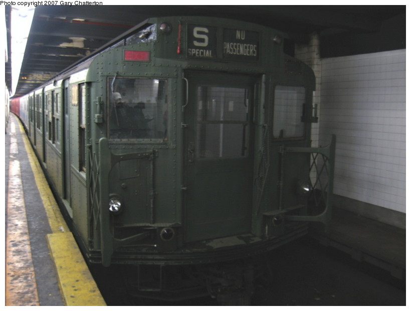 (87k, 820x620)<br><b>Country:</b> United States<br><b>City:</b> New York<br><b>System:</b> New York City Transit<br><b>Line:</b> IND Fulton Street Line<br><b>Location:</b> Hoyt-Schermerhorn Street <br><b>Car:</b> R-6-1 (Pressed Steel, 1936)  1300 <br><b>Photo by:</b> Gary Chatterton<br><b>Date:</b> 11/26/2007<br><b>Notes:</b> Trailing IRT SMEE museum train--museum equipment move.<br><b>Viewed (this week/total):</b> 12 / 3148