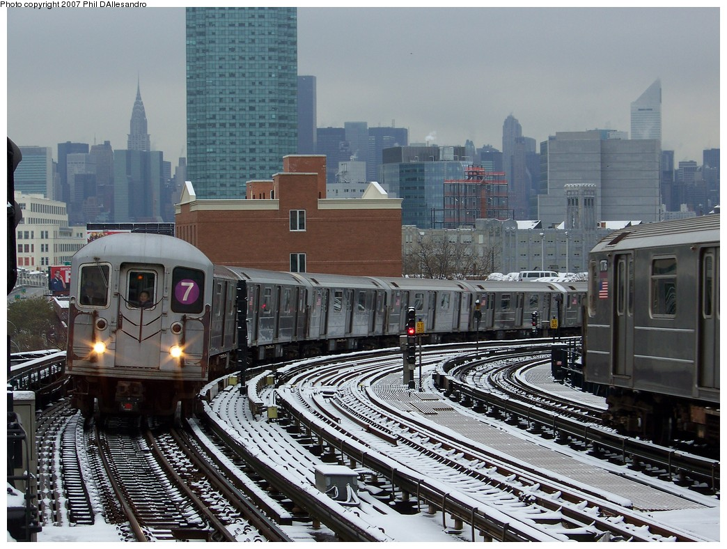 (274k, 1044x788)<br><b>Country:</b> United States<br><b>City:</b> New York<br><b>System:</b> New York City Transit<br><b>Line:</b> IRT Flushing Line<br><b>Location:</b> 33rd Street/Rawson Street <br><b>Route:</b> 7<br><b>Car:</b> R-62A (Bombardier, 1984-1987)  2008 <br><b>Photo by:</b> Philip D'Allesandro<br><b>Date:</b> 12/2/2007<br><b>Viewed (this week/total):</b> 0 / 1612