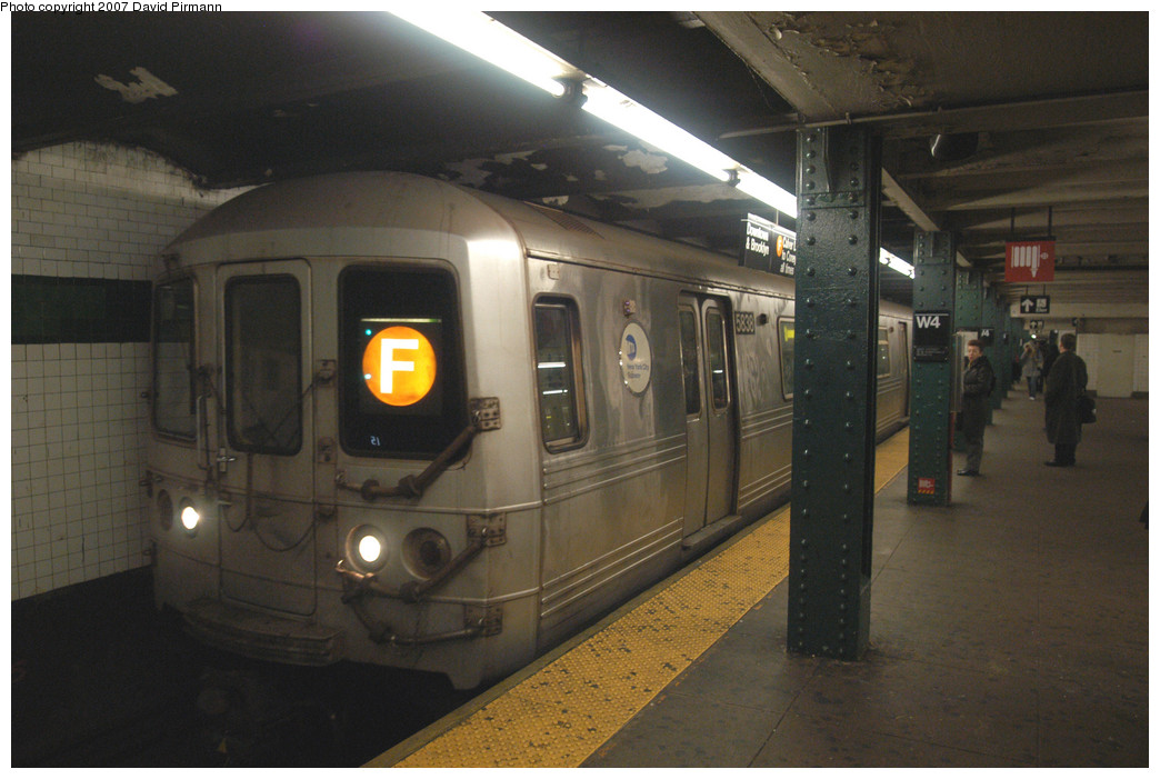 (229k, 1044x701)<br><b>Country:</b> United States<br><b>City:</b> New York<br><b>System:</b> New York City Transit<br><b>Line:</b> IND 6th Avenue Line<br><b>Location:</b> West 4th Street/Washington Square <br><b>Route:</b> F<br><b>Car:</b> R-46 (Pullman-Standard, 1974-75) 5838 <br><b>Photo by:</b> David Pirmann<br><b>Date:</b> 12/9/2007<br><b>Viewed (this week/total):</b> 2 / 1230