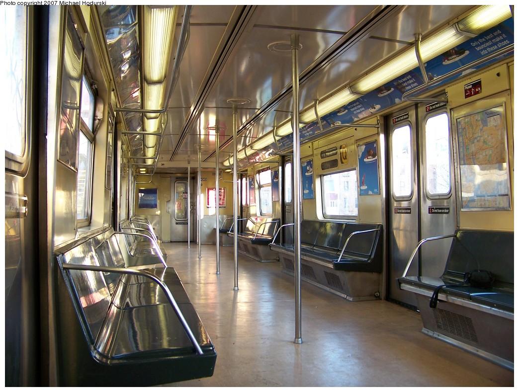 (252k, 1044x789)<br><b>Country:</b> United States<br><b>City:</b> New York<br><b>System:</b> New York City Transit<br><b>Route:</b> Q<br><b>Car:</b> R-40 (St. Louis, 1968)  4262 <br><b>Photo by:</b> Michael Hodurski<br><b>Date:</b> 12/8/2007<br><b>Viewed (this week/total):</b> 1 / 1356