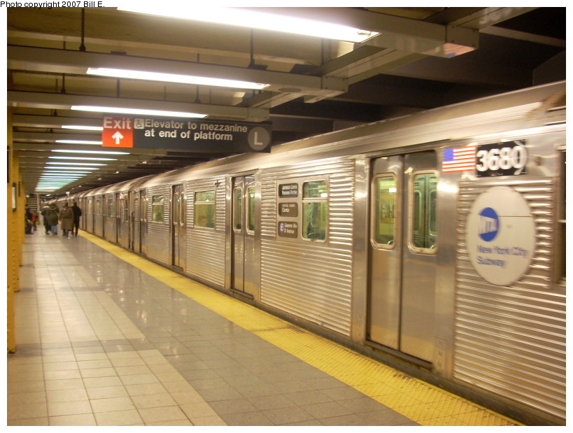 (168k, 819x619)<br><b>Country:</b> United States<br><b>City:</b> New York<br><b>System:</b> New York City Transit<br><b>Line:</b> IND 8th Avenue Line<br><b>Location:</b> 14th Street <br><b>Route:</b> E<br><b>Car:</b> R-32 (Budd, 1964)  3680 <br><b>Photo by:</b> Bill E.<br><b>Date:</b> 12/9/2007<br><b>Viewed (this week/total):</b> 1 / 1931