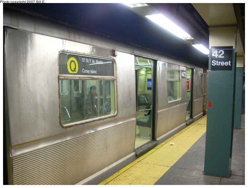 (159k, 819x619)<br><b>Country:</b> United States<br><b>City:</b> New York<br><b>System:</b> New York City Transit<br><b>Line:</b> BMT Broadway Line<br><b>Location:</b> Times Square/42nd Street <br><b>Route:</b> Q<br><b>Car:</b> R-40M (St. Louis, 1969)  4472 <br><b>Photo by:</b> Bill E.<br><b>Date:</b> 12/9/2007<br><b>Viewed (this week/total):</b> 2 / 3570