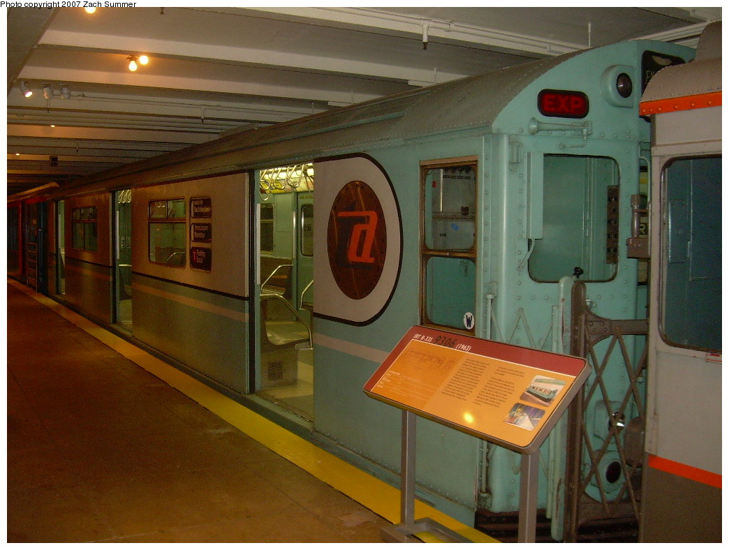 (253k, 1044x788)<br><b>Country:</b> United States<br><b>City:</b> New York<br><b>System:</b> New York City Transit<br><b>Location:</b> New York Transit Museum<br><b>Car:</b> R-33 World's Fair (St. Louis, 1963-64) 9306 <br><b>Photo by:</b> Zach Summer<br><b>Date:</b> 8/18/2007<br><b>Viewed (this week/total):</b> 0 / 1715