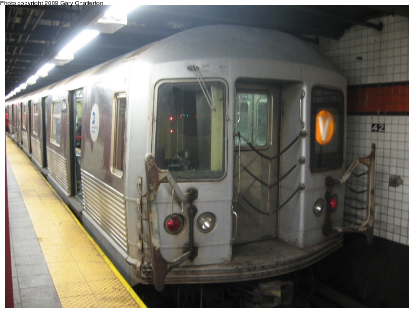 (113k, 820x620)<br><b>Country:</b> United States<br><b>City:</b> New York<br><b>System:</b> New York City Transit<br><b>Line:</b> IND 6th Avenue Line<br><b>Location:</b> 42nd Street/Bryant Park <br><b>Route:</b> V<br><b>Car:</b> R-42 (St. Louis, 1969-1970)  4644 <br><b>Photo by:</b> Gary Chatterton<br><b>Date:</b> 8/13/2009<br><b>Viewed (this week/total):</b> 0 / 594