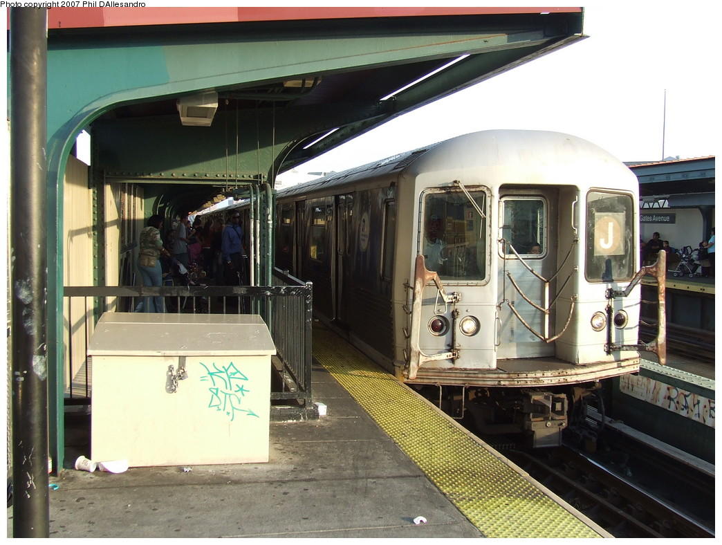 (234k, 1044x788)<br><b>Country:</b> United States<br><b>City:</b> New York<br><b>System:</b> New York City Transit<br><b>Line:</b> BMT Nassau Street/Jamaica Line<br><b>Location:</b> Gates Avenue <br><b>Route:</b> J<br><b>Car:</b> R-42 (St. Louis, 1969-1970)  4857 <br><b>Photo by:</b> John Barnes<br><b>Date:</b> 10/4/2007<br><b>Viewed (this week/total):</b> 2 / 1310