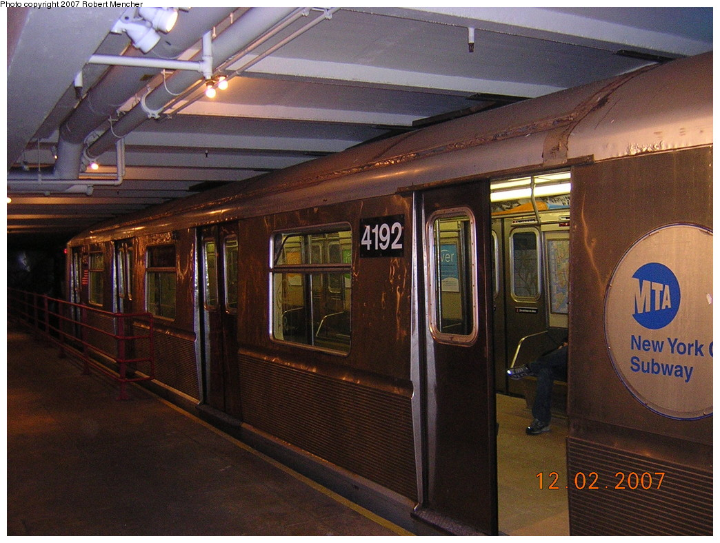 (285k, 1044x788)<br><b>Country:</b> United States<br><b>City:</b> New York<br><b>System:</b> New York City Transit<br><b>Location:</b> New York Transit Museum<br><b>Car:</b> R-40 (St. Louis, 1968)  4192 <br><b>Photo by:</b> Robert Mencher<br><b>Date:</b> 12/2/2007<br><b>Viewed (this week/total):</b> 1 / 2748