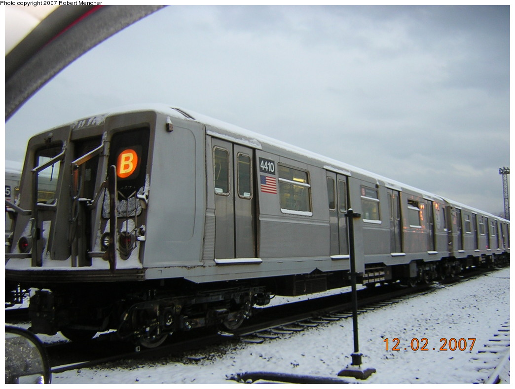 (200k, 1044x788)<br><b>Country:</b> United States<br><b>City:</b> New York<br><b>System:</b> New York City Transit<br><b>Location:</b> Coney Island Yard<br><b>Car:</b> R-40 (St. Louis, 1968)  4410 <br><b>Photo by:</b> Robert Mencher<br><b>Date:</b> 12/2/2007<br><b>Viewed (this week/total):</b> 0 / 2026
