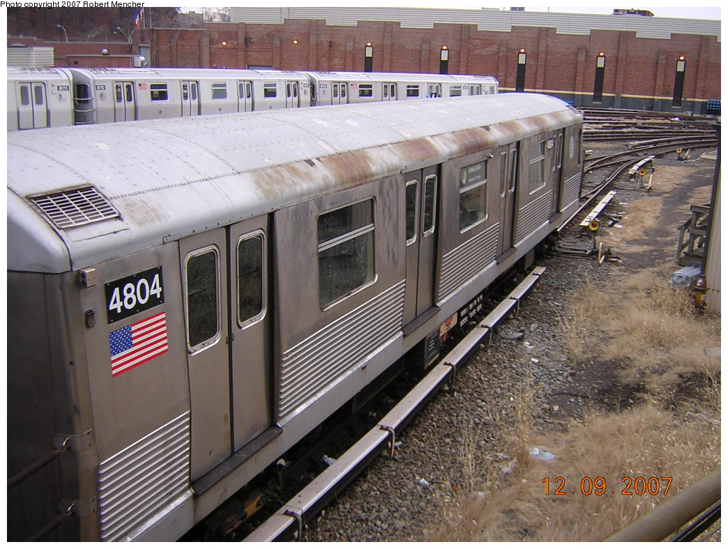 (297k, 1044x788)<br><b>Country:</b> United States<br><b>City:</b> New York<br><b>System:</b> New York City Transit<br><b>Location:</b> East New York Yard/Shops<br><b>Car:</b> R-42 (St. Louis, 1969-1970)  4804 <br><b>Photo by:</b> Robert Mencher<br><b>Date:</b> 12/9/2007<br><b>Viewed (this week/total):</b> 0 / 1100