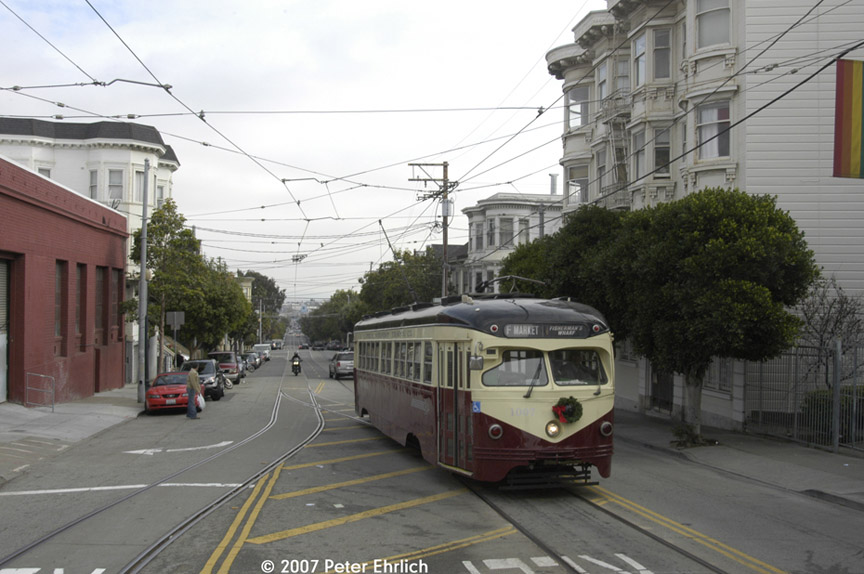 (166k, 864x574)<br><b>Country:</b> United States<br><b>City:</b> San Francisco/Bay Area, CA<br><b>System:</b> SF MUNI<br><b>Location:</b> Market/17th/Castro <br><b>Car:</b> SF MUNI PCC Torpedo Double-End (St. Louis Car Co., 1948)  1007 <br><b>Photo by:</b> Peter Ehrlich<br><b>Date:</b> 12/15/2007<br><b>Notes:</b> 17th Street/Castro Terminal.<br><b>Viewed (this week/total):</b> 0 / 488