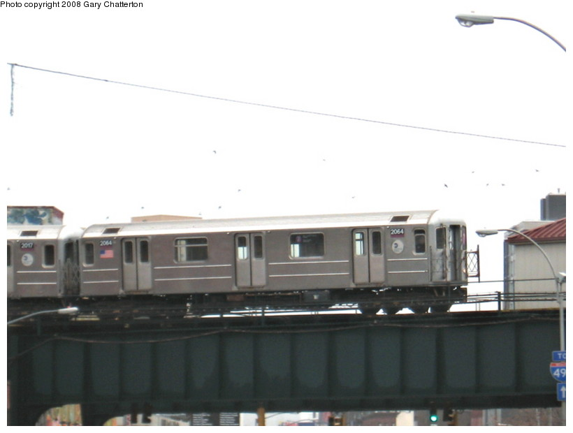 (70k, 820x620)<br><b>Country:</b> United States<br><b>City:</b> New York<br><b>System:</b> New York City Transit<br><b>Line:</b> IRT Flushing Line<br><b>Location:</b> Court House Square/45th Road <br><b>Route:</b> 7<br><b>Car:</b> R-62A (Bombardier, 1984-1987)  2064 <br><b>Photo by:</b> Gary Chatterton<br><b>Date:</b> 12/23/2007<br><b>Viewed (this week/total):</b> 2 / 1017