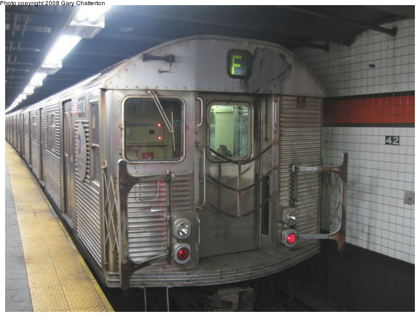 (122k, 820x620)<br><b>Country:</b> United States<br><b>City:</b> New York<br><b>System:</b> New York City Transit<br><b>Line:</b> IND 6th Avenue Line<br><b>Location:</b> 42nd Street/Bryant Park <br><b>Route:</b> F<br><b>Car:</b> R-32 (Budd, 1964)  3378 <br><b>Photo by:</b> Gary Chatterton<br><b>Date:</b> 12/27/2007<br><b>Viewed (this week/total):</b> 2 / 1704