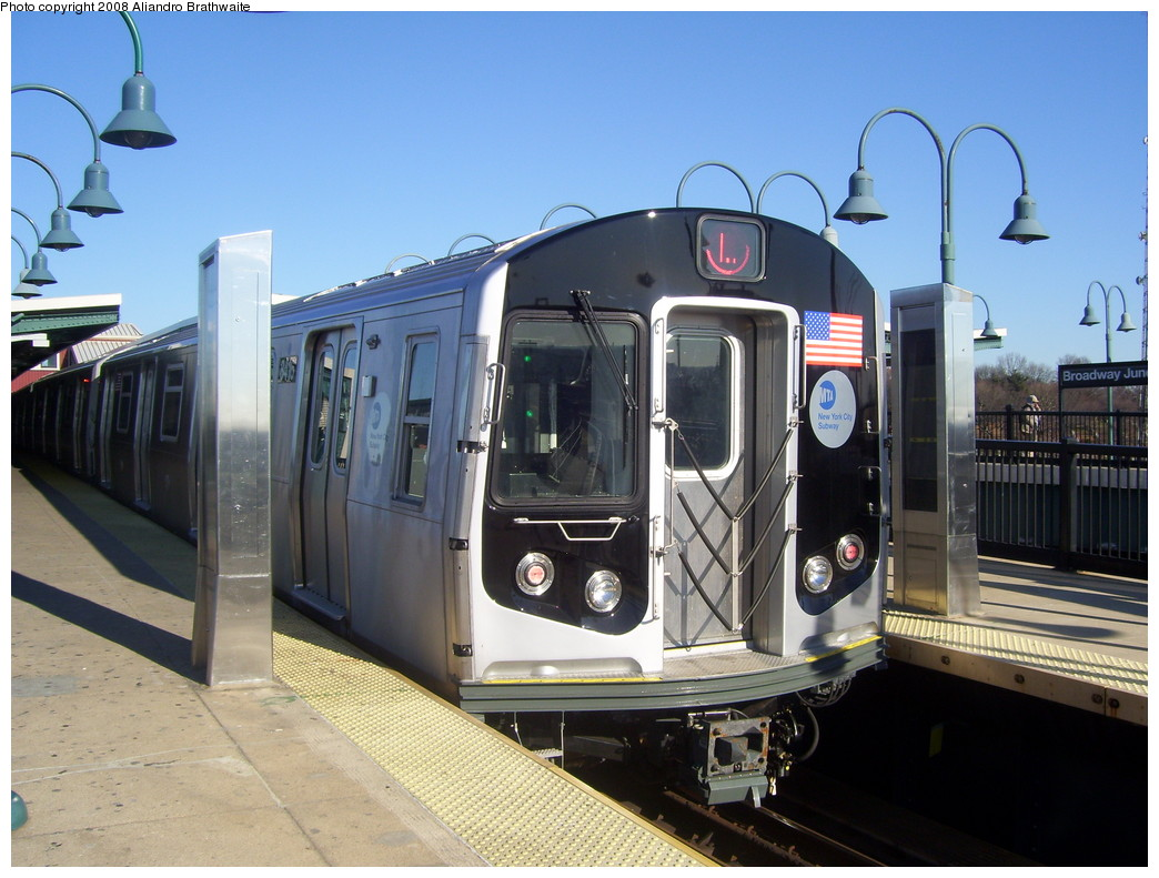 (224k, 1044x791)<br><b>Country:</b> United States<br><b>City:</b> New York<br><b>System:</b> New York City Transit<br><b>Line:</b> BMT Canarsie Line<br><b>Location:</b> Broadway Junction <br><b>Route:</b> L<br><b>Car:</b> R-160A-1 (Alstom, 2005-2008, 4 car sets)  8416 <br><b>Photo by:</b> Aliandro Brathwaite<br><b>Date:</b> 12/24/2007<br><b>Viewed (this week/total):</b> 2 / 1141