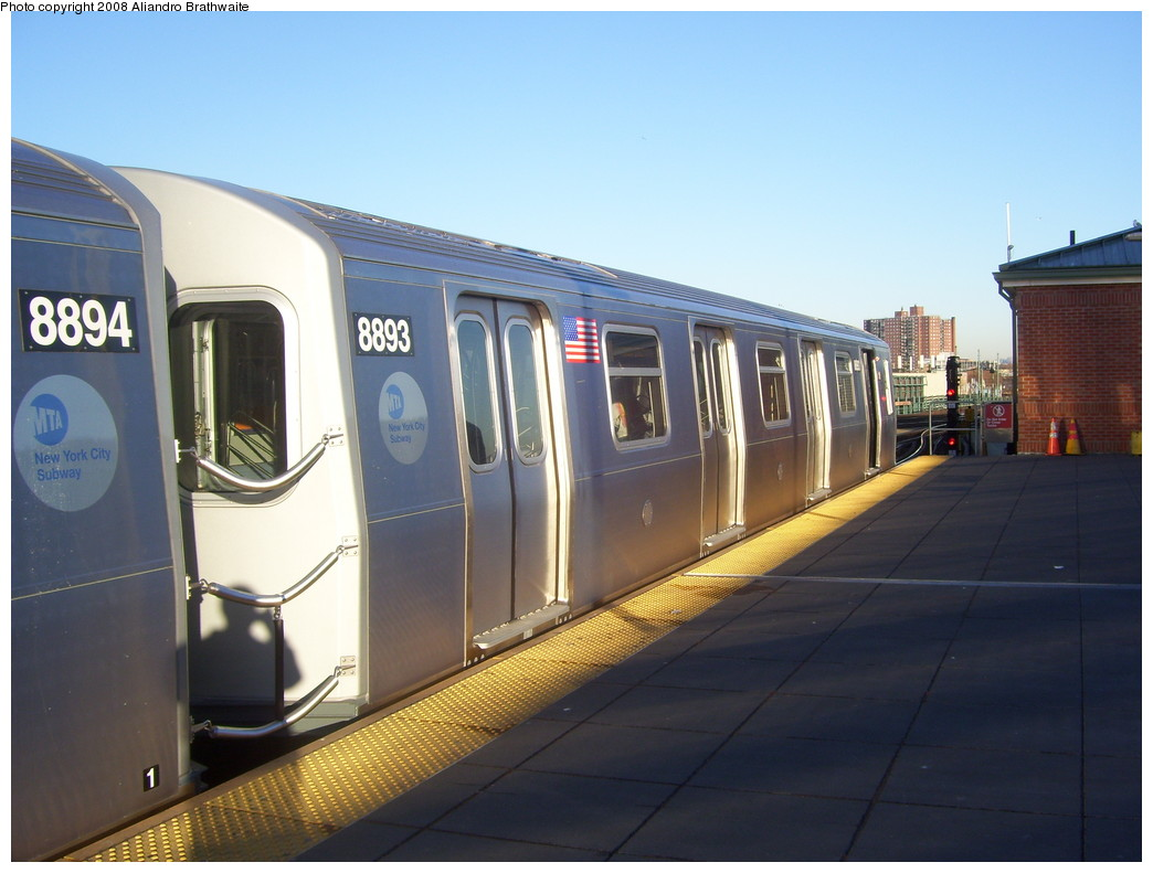 (188k, 1044x791)<br><b>Country:</b> United States<br><b>City:</b> New York<br><b>System:</b> New York City Transit<br><b>Location:</b> Coney Island/Stillwell Avenue<br><b>Route:</b> N<br><b>Car:</b> R-160B (Kawasaki, 2005-2008)  8893 <br><b>Photo by:</b> Aliandro Brathwaite<br><b>Date:</b> 12/24/2007<br><b>Viewed (this week/total):</b> 3 / 1485