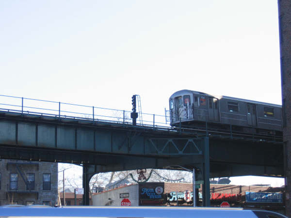 (29k, 600x450)<br><b>Country:</b> United States<br><b>City:</b> New York<br><b>System:</b> New York City Transit<br><b>Line:</b> IRT Brooklyn Line<br><b>Location:</b> E.98th St @ Kings Hwy <br><b>Route:</b> 3<br><b>Car:</b> R-62 (Kawasaki, 1983-1985)   <br><b>Photo by:</b> Professor J<br><b>Date:</b> 12/31/2007<br><b>Viewed (this week/total):</b> 0 / 1019