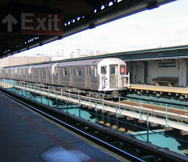 (53k, 600x516)<br><b>Country:</b> United States<br><b>City:</b> New York<br><b>System:</b> New York City Transit<br><b>Line:</b> IRT Brooklyn Line<br><b>Location:</b> Sutter Avenue/Rutland Road <br><b>Route:</b> 3<br><b>Car:</b> R-62 (Kawasaki, 1983-1985)   <br><b>Photo by:</b> Professor J<br><b>Date:</b> 12/31/2007<br><b>Viewed (this week/total):</b> 1 / 1535
