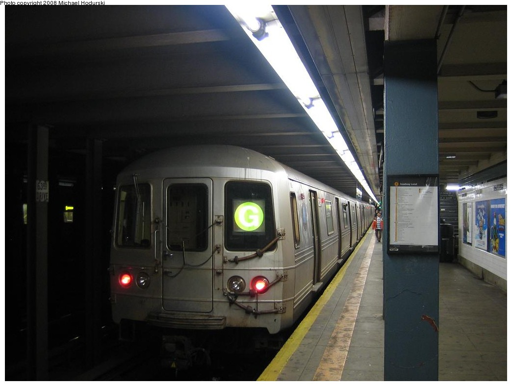 (149k, 1044x788)<br><b>Country:</b> United States<br><b>City:</b> New York<br><b>System:</b> New York City Transit<br><b>Line:</b> IND Queens Boulevard Line<br><b>Location:</b> 63rd Drive/Rego Park <br><b>Route:</b> G<br><b>Car:</b> R-46 (Pullman-Standard, 1974-75) 6224 <br><b>Photo by:</b> Michael Hodurski<br><b>Date:</b> 1/1/2008<br><b>Viewed (this week/total):</b> 0 / 2273
