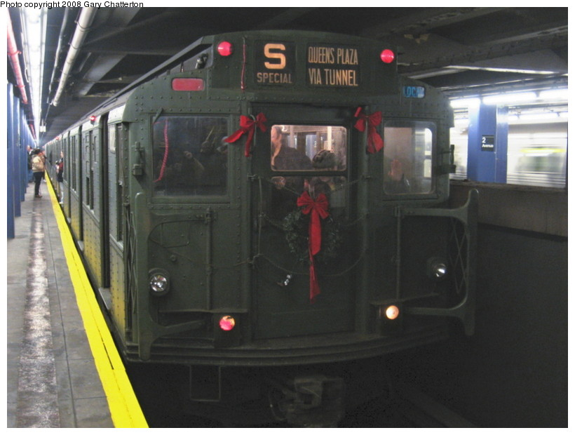 (112k, 820x620)<br><b>Country:</b> United States<br><b>City:</b> New York<br><b>System:</b> New York City Transit<br><b>Line:</b> IND 6th Avenue Line<br><b>Location:</b> 2nd Avenue <br><b>Route:</b> Museum Train Service (V)<br><b>Car:</b> R-9 (Pressed Steel, 1940)  1802 <br><b>Photo by:</b> Gary Chatterton<br><b>Date:</b> 12/23/2007<br><b>Notes:</b> Regular-service Nostalgia Train.<br><b>Viewed (this week/total):</b> 1 / 1035