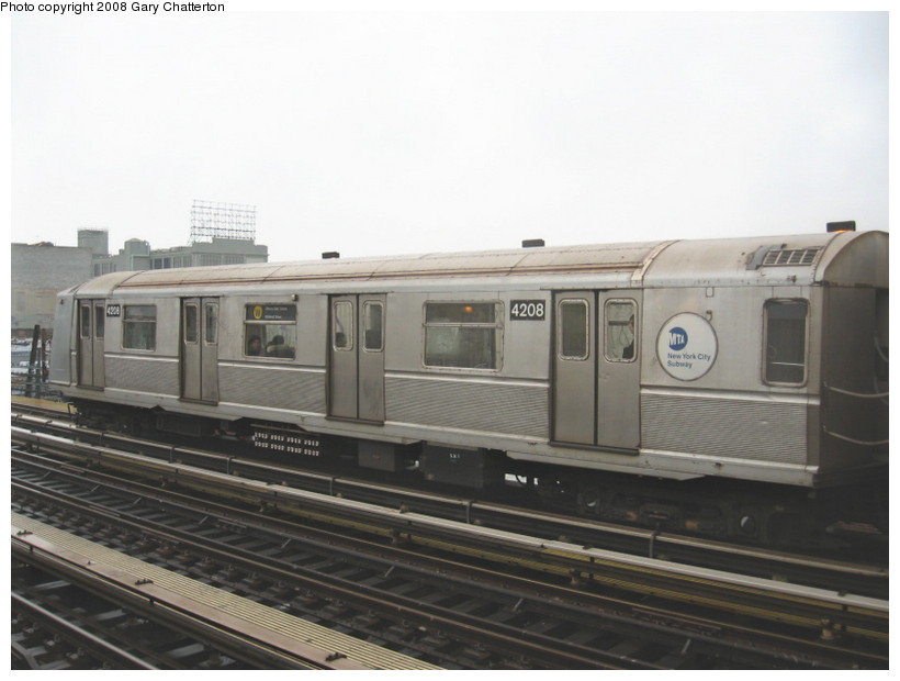 (99k, 820x620)<br><b>Country:</b> United States<br><b>City:</b> New York<br><b>System:</b> New York City Transit<br><b>Line:</b> BMT Astoria Line<br><b>Location:</b> 39th/Beebe Aves. <br><b>Route:</b> W<br><b>Car:</b> R-40 (St. Louis, 1968)  4208 <br><b>Photo by:</b> Gary Chatterton<br><b>Date:</b> 12/27/2007<br><b>Viewed (this week/total):</b> 6 / 897