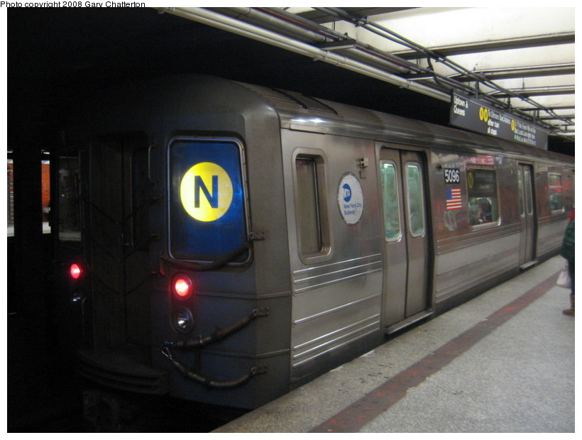 (116k, 820x620)<br><b>Country:</b> United States<br><b>City:</b> New York<br><b>System:</b> New York City Transit<br><b>Line:</b> BMT Broadway Line<br><b>Location:</b> 49th Street <br><b>Route:</b> N<br><b>Car:</b> R-68A (Kawasaki, 1988-1989)  5096 <br><b>Photo by:</b> Gary Chatterton<br><b>Date:</b> 12/28/2007<br><b>Viewed (this week/total):</b> 1 / 1782