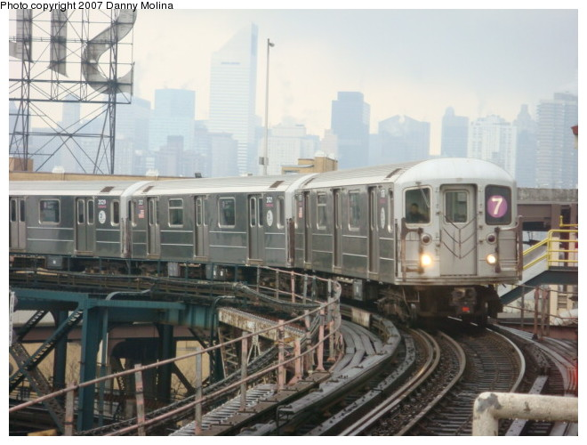 (103k, 660x500)<br><b>Country:</b> United States<br><b>City:</b> New York<br><b>System:</b> New York City Transit<br><b>Line:</b> IRT Flushing Line<br><b>Location:</b> Queensborough Plaza <br><b>Route:</b> 7<br><b>Car:</b> R-62A (Bombardier, 1984-1987)  1820 <br><b>Photo by:</b> Danny Molina<br><b>Date:</b> 12/28/2007<br><b>Viewed (this week/total):</b> 2 / 1073