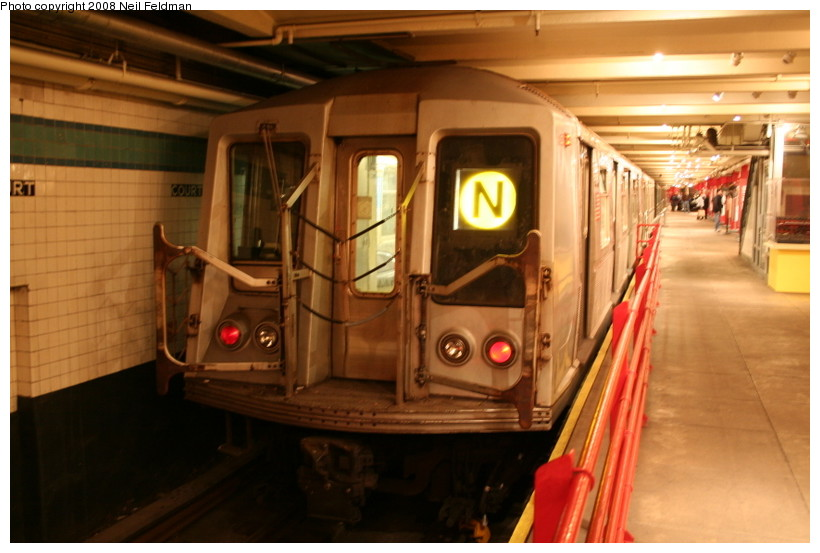 (128k, 820x553)<br><b>Country:</b> United States<br><b>City:</b> New York<br><b>System:</b> New York City Transit<br><b>Location:</b> New York Transit Museum<br><b>Car:</b> R-40 (St. Louis, 1968)  4192 <br><b>Photo by:</b> Neil Feldman<br><b>Date:</b> 12/28/2007<br><b>Viewed (this week/total):</b> 2 / 4302
