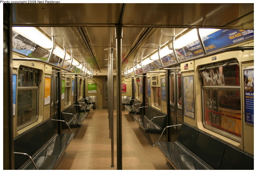 (147k, 820x553)<br><b>Country:</b> United States<br><b>City:</b> New York<br><b>System:</b> New York City Transit<br><b>Car:</b> R-40 (St. Louis, 1968)  4192 <br><b>Photo by:</b> Neil Feldman<br><b>Date:</b> 12/28/2007<br><b>Viewed (this week/total):</b> 1 / 1494