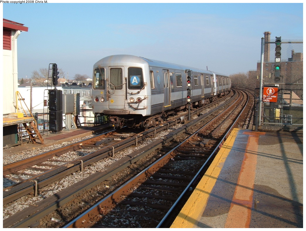 (269k, 1044x788)<br><b>Country:</b> United States<br><b>City:</b> New York<br><b>System:</b> New York City Transit<br><b>Line:</b> IND Rockaway<br><b>Location:</b> Beach 90th Street/Holland <br><b>Route:</b> A<br><b>Car:</b> R-44 (St. Louis, 1971-73) 5278 <br><b>Photo by:</b> Chris M.<br><b>Date:</b> 12/8/2007<br><b>Viewed (this week/total):</b> 2 / 1152