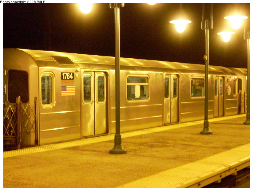 (170k, 819x619)<br><b>Country:</b> United States<br><b>City:</b> New York<br><b>System:</b> New York City Transit<br><b>Line:</b> IRT Flushing Line<br><b>Location:</b> 61st Street/Woodside <br><b>Route:</b> 7<br><b>Car:</b> R-62A (Bombardier, 1984-1987)  1764 <br><b>Photo by:</b> Bill E.<br><b>Date:</b> 1/13/2008<br><b>Viewed (this week/total):</b> 1 / 1177