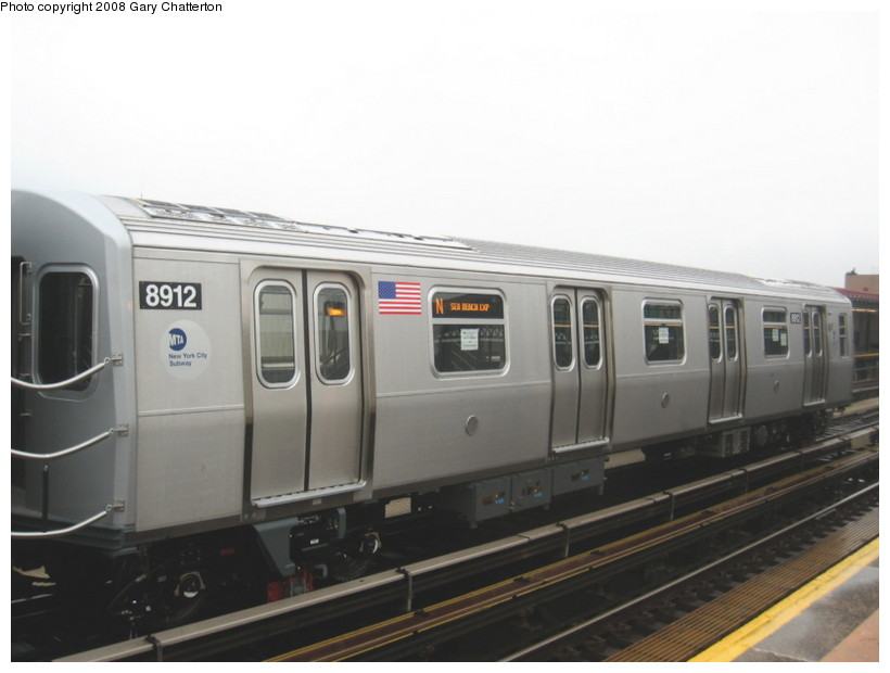 (88k, 820x620)<br><b>Country:</b> United States<br><b>City:</b> New York<br><b>System:</b> New York City Transit<br><b>Line:</b> BMT Astoria Line<br><b>Location:</b> 39th/Beebe Aves. <br><b>Route:</b> Testing<br><b>Car:</b> R-160B (Kawasaki, 2005-2008)  8912 <br><b>Photo by:</b> Gary Chatterton<br><b>Date:</b> 12/27/2007<br><b>Viewed (this week/total):</b> 0 / 2483